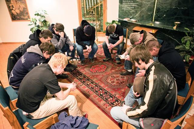 christian-college-prayer.png